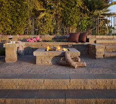 Belgard Celtik Retaining Wall YORKTOWN MATERIALS PINTEREST INSPIRATION Rough-hewn texture and natural hues give Celtik® Wall a time-honed appearance recalling classic European gardens. Celtik Wall's antiqued look is complemented by modern manufacturing, which yields precise dimensional consistency, resulting in the perfect companion to paver projects, landscape contouring, or garden areas.