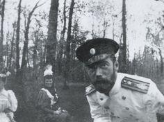 Tsar Nicholas II clowning for the camera.