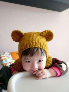 Gorro con orejas de oso