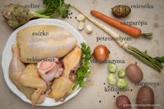 Vasárnapi csirkehúsleves YAY Hungarian vocabulary to learn! Hungarian Recipes, Hungarian Food, Naan, Camembert Cheese, Main Dishes, Vegetarian, Beef, Chicken, Vocabulary