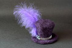 Google Image Result for http://zoomyummy.com/wp-content/uploads/2011/07/crochet-mini-top-hats-final-5.jpg