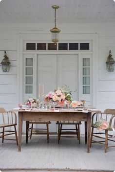 Rustic table setting for outdoor dining