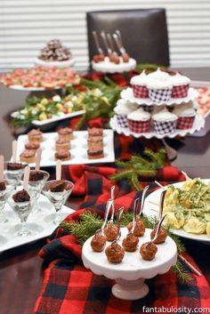 favorite things party ideas how to host favorite things party fantabulositycom winter parties - Christmas Party Decorations Pinterest