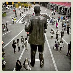 The history of Africa is important to us , and we are building a country with pride. These statues of Mabida the united front which i gonna go down history books as the greatest African Proverb, Nelson Mandela, Look At You, History Books, Cape Town, Continents, South Africa, Street View, Statues