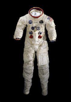 Spacesuits-10.jpeg (2320×3300)
