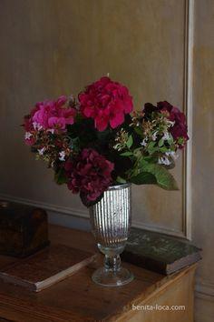 hortensia rouge sur pinterest arrangements floraux. Black Bedroom Furniture Sets. Home Design Ideas