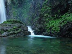 Eldorado - Caverna do Diabo, Cachoeira e Trilhas.