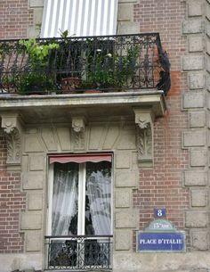 place d'Italie - Paris 13ème très mal connu dans Paris mais les étudiants l'apprécieront pour son atmosphère indépendante