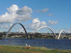 Ponte Juscelino Kubitschek, também conhecida como Ponte JK