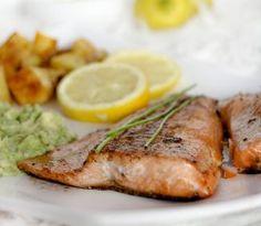 Losos s avokádovou salsou zachutí aj vám! Pork, Turkey, Meat, Kale Stir Fry, Turkey Country, Pork Chops