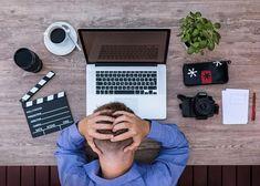 Zinzino bietet eine einmalige Gelegenheit: Beginnen Sie Teilzeit oder Vollzeit eine selbstständige Erwerbstätigkeit mit minimalen Risiken.  Kontaktieren Sie mich unverbindlich für mehr Informationen How To Make Money, How To Become, Burn Out, Social Media Calendar, Earn Money, Affiliate Marketing, Online Marketing, Marketing Audit, Digital Marketing
