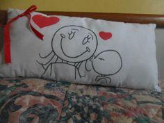 Almofada desenhada a mão das mães