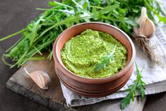 Fresh Arugula Pesto: Pesto is a favorite summer standby. Authentic Italian pesto is perfect to have on hand for a quick and easy lunch. This green recipe is easy enough for kids to help prepare. Arugula Pesto Recipe, Avocado Pesto, Arugula Recipes, Hummus Recipe, Dairy Free Pesto, Dairy Free Recipes, Gluten Free, Pesto Pasta, Chimichurri