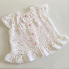 Hello friends today we have shared the best knitting patterns for you, with 150 different knitting patterns of baby knitting varieties can make wonderful knitting for women's knitting varieties Easy Sweater Knitting Patterns, Baby Boy Knitting Patterns, Baby Patterns, Baby Knitting, Knitting Terms, Knitting For Charity, Knitting Blogs, Kleidung Design, Crochet Bikini Pattern
