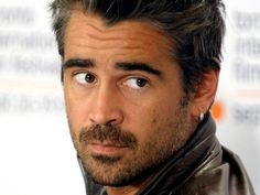 Colin Farrell is one of Ireland's best rising stars in Hollywood and abroad today. Featured in Lisa Pietsch's Hot Guys in Sweaters. Colin Farrell, Hot Actors, Actors & Actresses, Gorgeous Men, Beautiful People, True Detective Season, Celebridades Fashion, Anthony Hopkins, Hommes Sexy