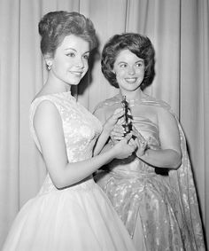 Old Celebrities, Celebs, Annette Funicello, Celebrity Names, 20 Years Old, Old Movies, Santa Monica, Vintage Ladies, Awards
