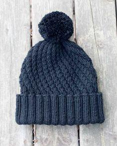 Pipo kierteellä – Lankakauppa Koukuttamo Loom Knitting, Knitting Socks, Knitting Patterns Free, Knit Patterns, Free Knitting, Knitted Hats, Crochet Bebe, Free Crochet, Knit Crochet
