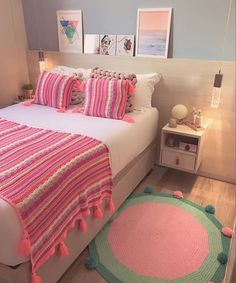 Cute Bedroom Decor, Room Ideas Bedroom, Small Room Bedroom, Indian Room Decor, Indian Bedroom, Dorm Bedding Sets, Beauty Room Decor, Study Room Decor, Teen Bedroom Designs