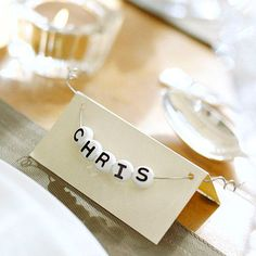 I would like this with different colored card. It's a nice easy idea for place cards.