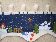 Cenefa Christmas Valances, Christmas Fabric, Christmas Love, Christmas Stockings, Snowman Crafts, Felt Crafts, Diy And Crafts, Felt Christmas Decorations, Xmas Ornaments
