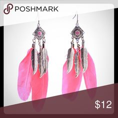 1 PAIR LEFT!🎉 Vintage Boho Gold Feather Earrings Vintage Bohemian Style Gold Leaf Feather Earrings. NEW and in package. Pink feathers, gold leaf designs, gold pendant. Alloy metal material.                                                                       💫8/31/16 Statement Style Party Host Pick💫               ❕TOP RATED SELLER❕                📦 FAST SHIPPING‼️📦                💕Quick Responses!💕                👌🏼Bundle to save 15%! Jewelry Earrings