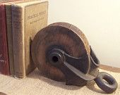 Pulley Vintage - Barn Industrial Shabby Chic Antique Rustic Farm House Bookend Pully