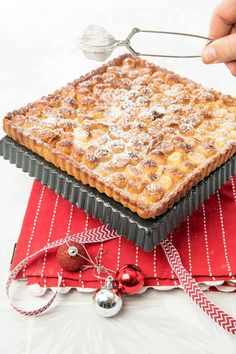 Forget the diet! Try my LUSH Salted Caramel Macadamia Tart! This tart has a buttery pastry base & is filled with sweet & salty, soft caramel centre & topped with crunchy, salted macadamia nuts. Tart Recipes, Sweet Recipes, Dessert Recipes, Cuban Recipes, Pastry Recipes, Sweet Pie, Sweet Tarts, Just Desserts, Delicious Desserts