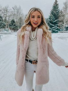 Newest Winter Outfits Ideas To Copy Right Now - Fashionable girly outfits girly outfit. Winter Coat Outfits, Winter Outfits Women, Winter Coats Women, Winter Fashion Outfits, Look Fashion, Autumn Winter Fashion, Fall Outfits, Autumn Style, Fashion Spring