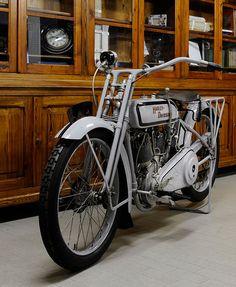 HARLEY DAVIDSON 1000   Credits Studio 129   Due cilindri a V…   Flickr