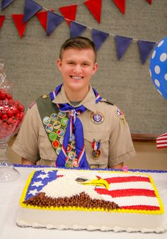 BSA Eagle Court of Honor {free printables} – Tip Junkie Boy Scout Oath, Boy Scout Shirt, Boy Scouts, Scout Mom, Eagle Scout Gifts, Eagle Scout Cake, Tip Junkie, Eagle Scout Ceremony, Halloween Costume Patterns