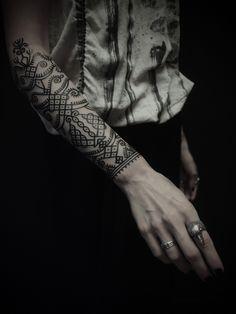 Tatto geométrico, brazo