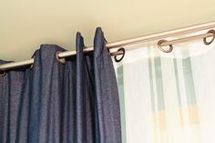 Curtain rods in a gold finish look sleek and classy curtain rods Ways to Style Your Curtains Unique Curtains, Luxury Curtains, Gold Curtains, Diy Curtains, Hanging Curtains, Curtains With Blinds, Blackout Curtains, Gold Curtain Rods, Curtain Brackets