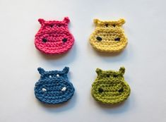 Crochet Hippo Applique Pattern - great for baby hats! Crochet Hippo, Cute Crochet, Crochet Animals, Knit Crochet, Easy Crochet Projects, Crochet Crafts, Applique Patterns, Crochet Patterns, Appliques Au Crochet