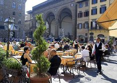 Sunshine, cafes, and Italy