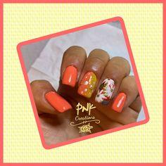 """Sally Hansen """"343 peach buzz"""", kiko """"82"""", edding """"160 dilligent dark orange"""", with essie """"623 ooh la lolly"""", rl de young """"15 pearl nude"""", gold decor, glitter and white stamping nail design Sally Hansen, Essie, My Nails, Stamping, Nailart, Nail Designs, Peach, Glitter, Nude"""