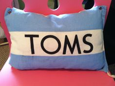 DIY Toms pillow