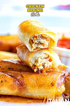 Chicken spring rolls are crispy on the outside, tender on the inside, and bursting with flavor! Make this recipe at home in under 30 minutes. #ChickenSpringRolls #AsianCuisine #30Minutes New Years Eve Snacks, Great Chicken Recipes, Turkey Recipes, Grilled Wings, The Slow Roasted Italian, Chicken Spring Rolls, Easy Meals For One, Easy Pasta Salad, How To Cook Eggs