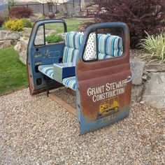 23 Awesome DIYs Made From Old Upcycled Car Parts Seat car furniture Car Part Furniture, Automotive Furniture, Automotive Decor, Kids Furniture, Furniture Stores, Furniture Buyers, Furniture Design, Furniture Plans, Automotive Carpet