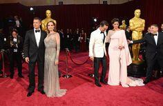 Pin for Later: Diese Oscars-Fotos bringen euch garantiert zum Lachen  In der Tat konnte man sich auf dem roten Teppich vor süßen Pärchen kaum retten.