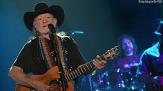 Willie Nelson 'appalled' at horse roundup | HLNtv.com
