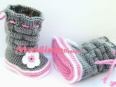 Babyschuhe Krabbelschuhe Babystiefel Grau Rosa Weiß Rose by markimodesign, Die . Baby Shoes Baby Shoes Baby Shoes Gray Pink White Rose by markimodesign, The Baby Shoes Babyshoes Baby Boots ar Baby Knitting Patterns, Crochet Baby Boots Pattern, Baby Shoes Pattern, Baby Hat Patterns, Baby Hats Knitting, Crochet Shoes, Knitted Booties, Crochet Baby Booties, Booties Crochet