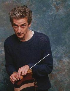 soyouknit:  Peter Capaldi knitting