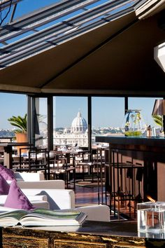 Superbe Head Up To La Terrasse Cuisine U0026amp; Lounge To Dine Alfresco And Gawp At The