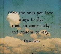 Wir sind geflogen, haben uns freiraum gelassen und sind zurückgekehrt. Nichts und Niemand kann die eine Liebe im Leben zerstören. Zusammenhalten. Zusammengehen. Zusammenstehen. Zusammenbleiben. Zusammenleben.