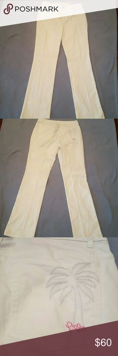 Selling this 🌴Lilly Pulitzer NWOT White Jeans🌴 on Poshmark! My username is: tiascloset12. #shopmycloset #poshmark #fashion #shopping #style #forsale #Lilly Pulitzer #Denim