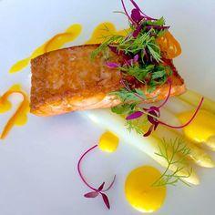 #servedbyname at Prime68 @JWDubaiMarquis, Dubai - seared #LochDuart #salmon with white #asparagus and orange reduction #delicious #nomnomnom