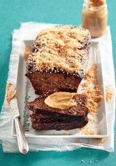Get more delicious LCHF dishes in our Low-Carb recipes booklet here Coconut Banana Bread, Coconut Flour, Almond Flour, Banting Recipes, Low Carb Recipes, A Food, Food Processor Recipes, Sweet Tooth, Sweet Treats