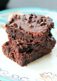 Fudgy Peanut Butter Chocolate Chip Brownies {flourless, gluten free, vegan} Applesauce/PB