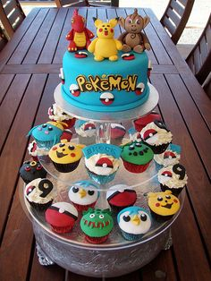 Mossy's Masterpiece - Brock's Pokemon cake & cupcakes | Flickr