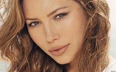 Makeup Tricks for Hooded eyes:Jessica-Biel